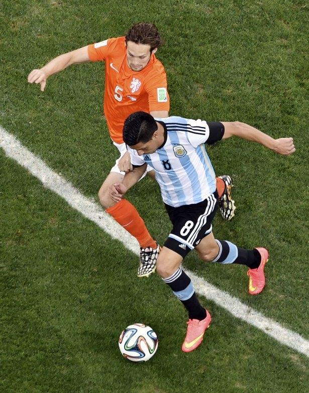 Hollanda-Arjantin maçı 16