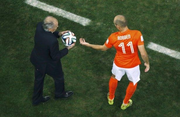 Hollanda-Arjantin maçı 8