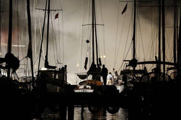 Kadıköy'de tekne yangını 2