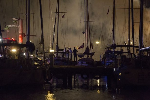 Kadıköy'de tekne yangını 9