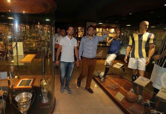 Diego, Saraçoğlu Stadı'nı gezdi 10