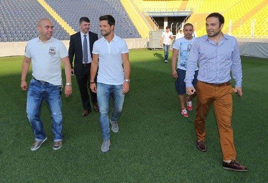 Diego, Saraçoğlu Stadı'nı gezdi 5
