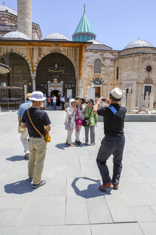 Mevlana Müzesi'nde 4 santimlik Kur'an 12