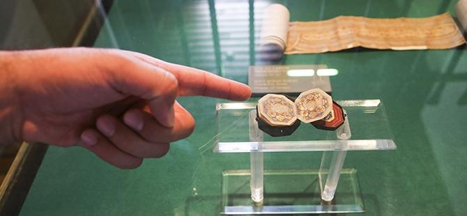 Mevlana Müzesi'nde 4 santimlik Kur'an 2