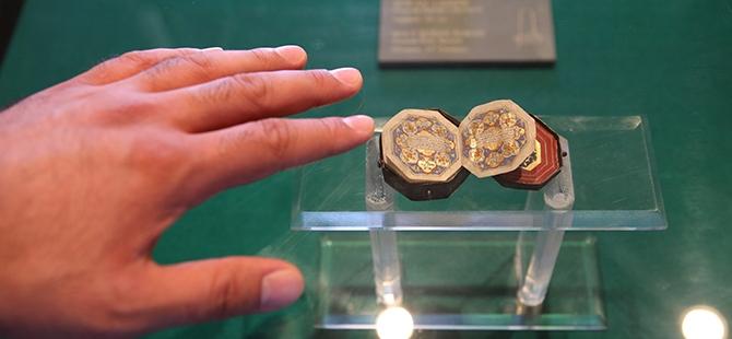 Mevlana Müzesi'nde 4 santimlik Kur'an 4