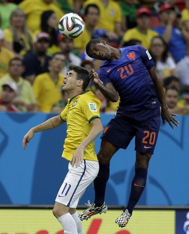 Brezilya-Hollanda maçı 24