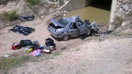 Katliam gibi kaza: Trafik amiri, oğlu ve iki kızı öldü 3