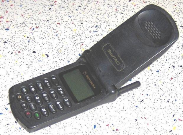 Gelmiş Geçmiş En Çok Satan Telefonlar 6
