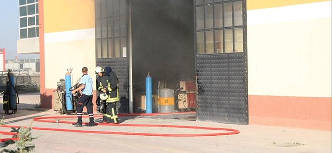 Fabrikada patlama: 1 yaralı 3