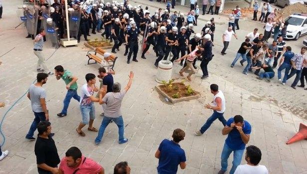 İHH'nın iftar TIR'ına Hopa'da çirkin saldırı 20