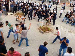 İHH'nın iftar TIR'ına Hopa'da çirkin saldırı