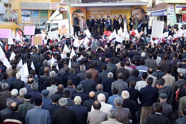 Dışişleri Bakanı Davutoğlu Konya'da 12