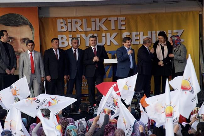 Dışişleri Bakanı Davutoğlu Konya'da 13