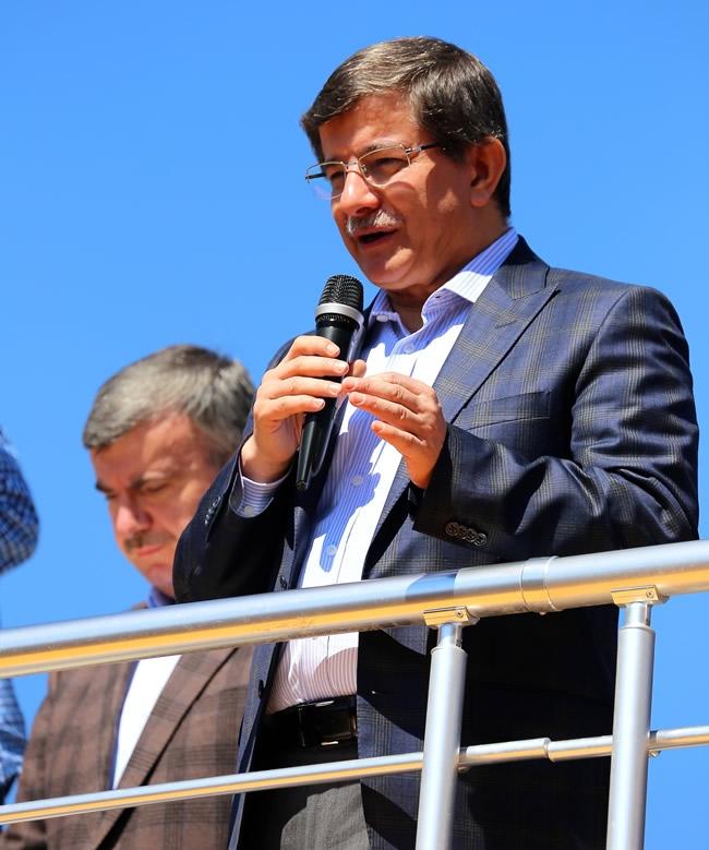 Dışişleri Bakanı Davutoğlu Konya'da 2