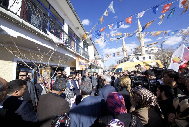 Dışişleri Bakanı Davutoğlu Konya'da 22