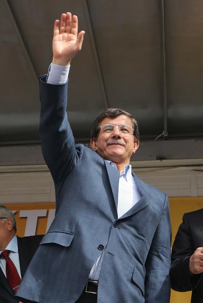 Dışişleri Bakanı Davutoğlu Konya'da 25