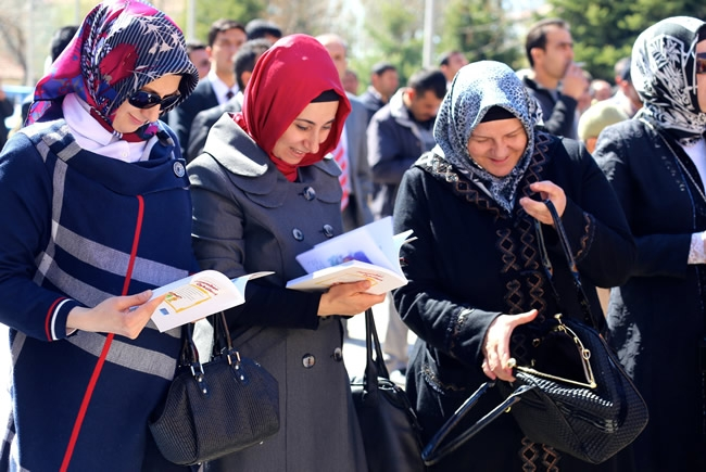 Dışişleri Bakanı Davutoğlu Konya'da 6