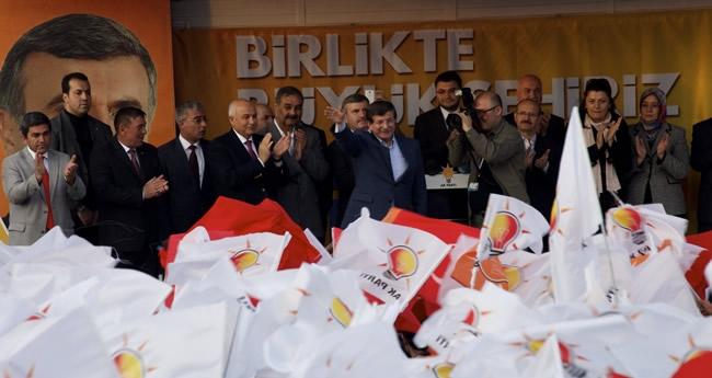 Dışişleri Bakanı Davutoğlu Konya'da 8