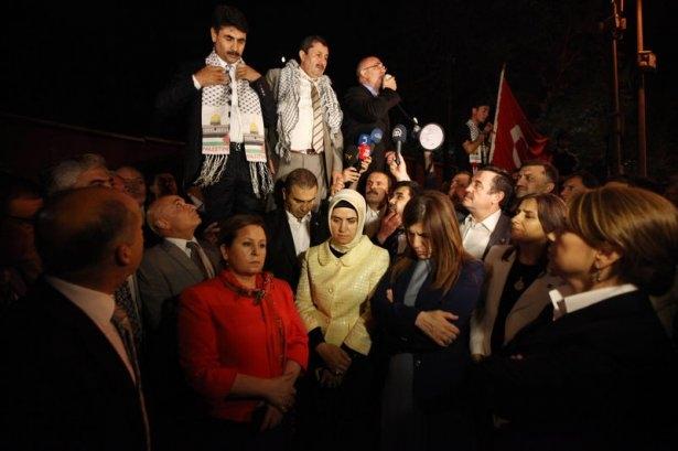 Milletvekilleri İsrail Büyükelçiliğine yürüdü 5