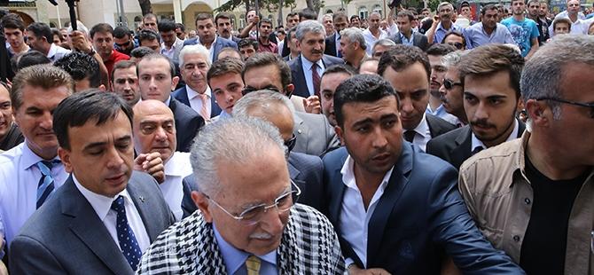 Ekmeleddin İhsanoğlu Konya'ya geldi 17
