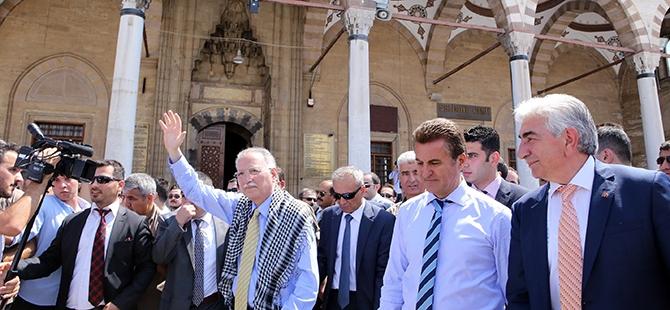 Ekmeleddin İhsanoğlu Konya'ya geldi 18