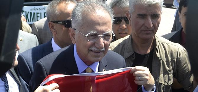 Ekmeleddin İhsanoğlu Konya'ya geldi 5