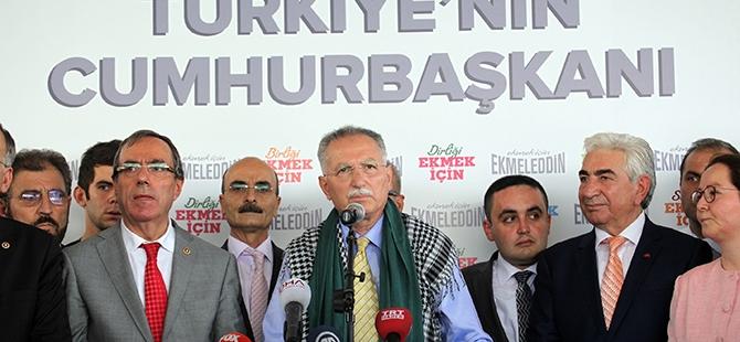 Ekmeleddin İhsanoğlu Konya'ya geldi 6