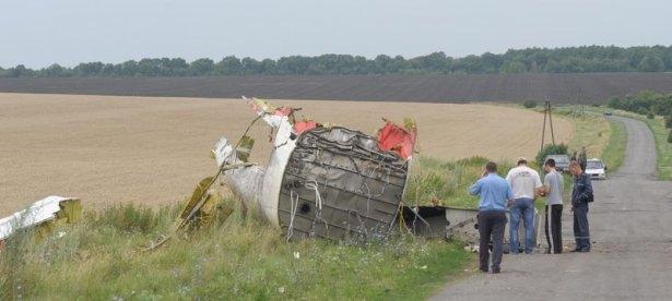 Ukrayna'da düşen yolcu uçağından görüntüler 10