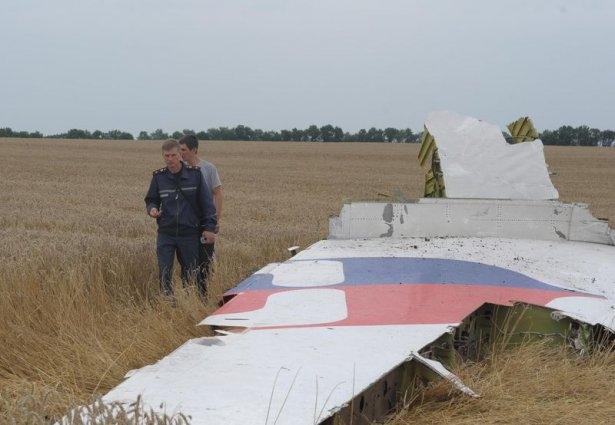 Ukrayna'da düşen yolcu uçağından görüntüler 14