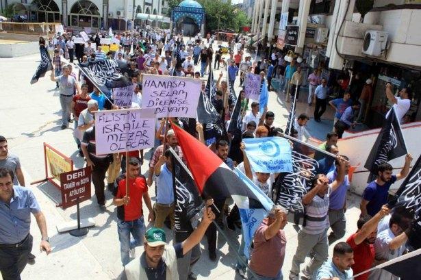 Yüzbinler Gazze için sokaklara döküldü 13