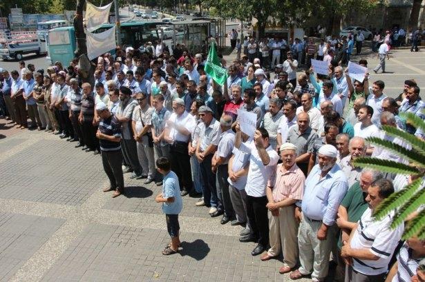 Yüzbinler Gazze için sokaklara döküldü 30