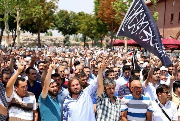 Yüzbinler Gazze için sokaklara döküldü 5