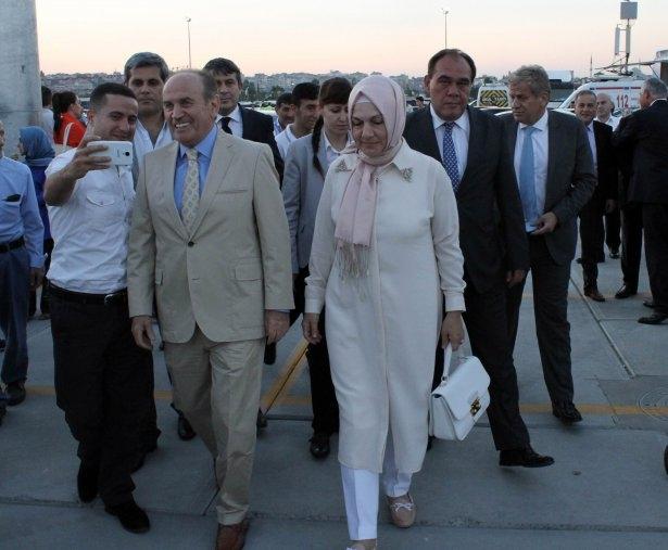 AK Parti iftarına ünlü akını 38