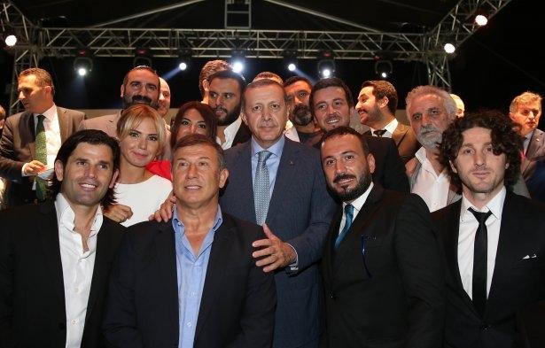 AK Parti iftarına ünlü akını 42