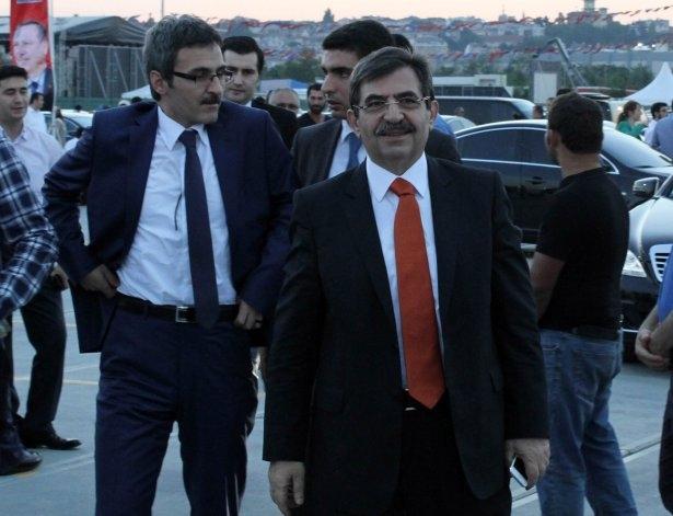 AK Parti iftarına ünlü akını 44