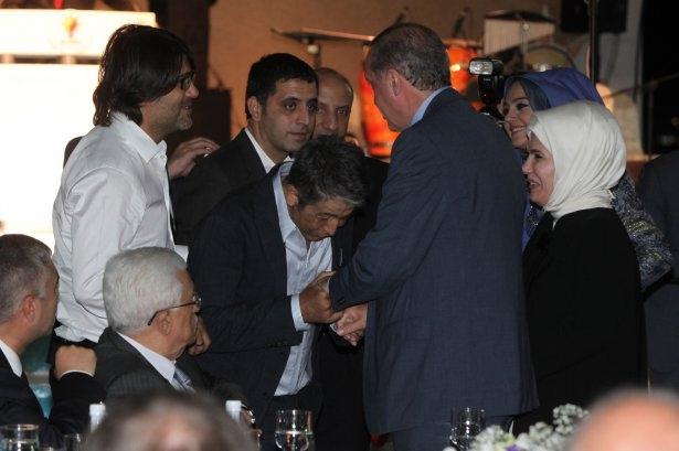 AK Parti iftarına ünlü akını 48
