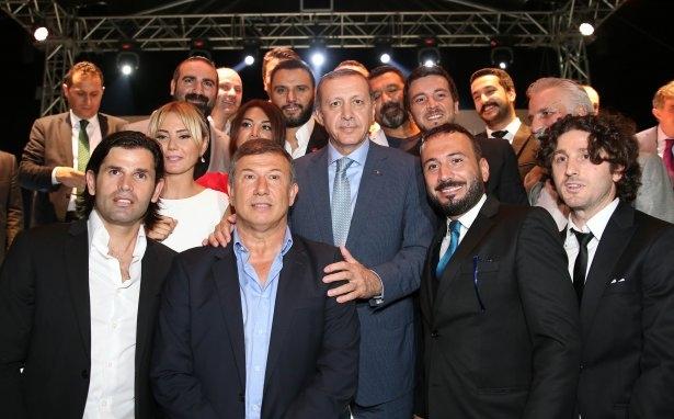 AK Parti iftarına ünlü akını 5