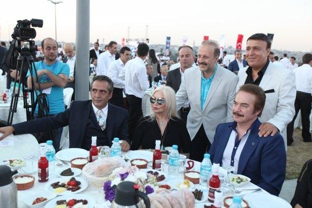 AK Parti iftarına ünlü akını 7