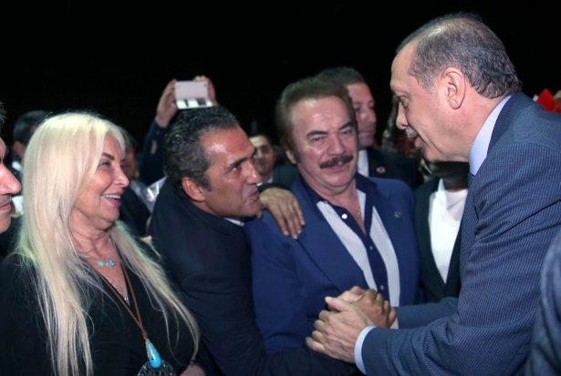 AK Parti iftarına ünlü akını 8