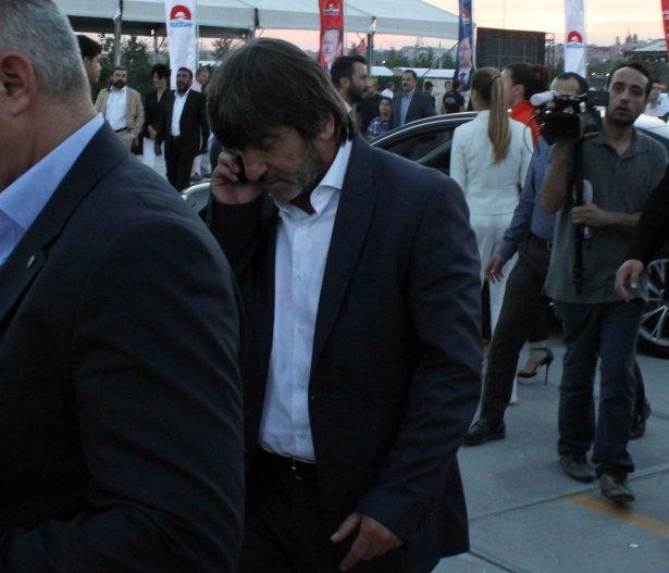 AK Parti iftarına ünlü akını 9