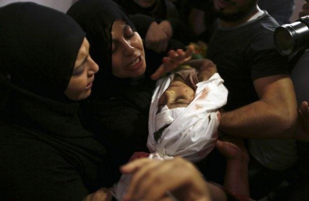 Gazzeli çocuk elinde çikolatasıyla öldü 19