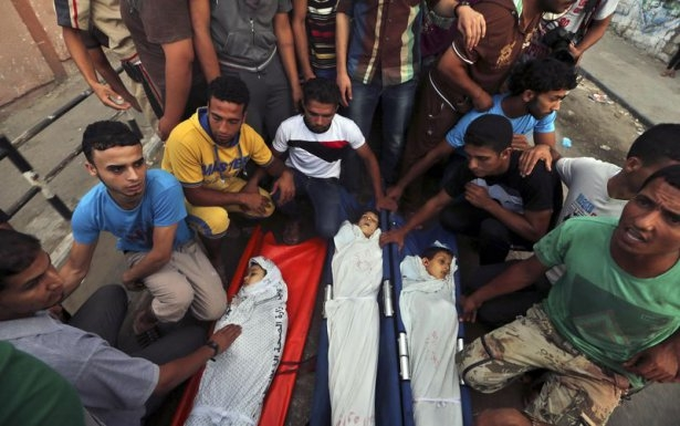 Gazzeli çocuk elinde çikolatasıyla öldü 23