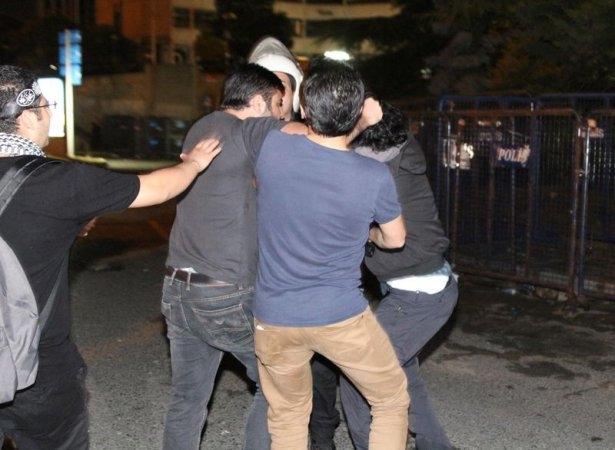 İstanbul'da binlerce kişi İsrail'i lanetledi 12