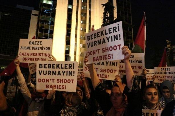 İstanbul'da binlerce kişi İsrail'i lanetledi 16
