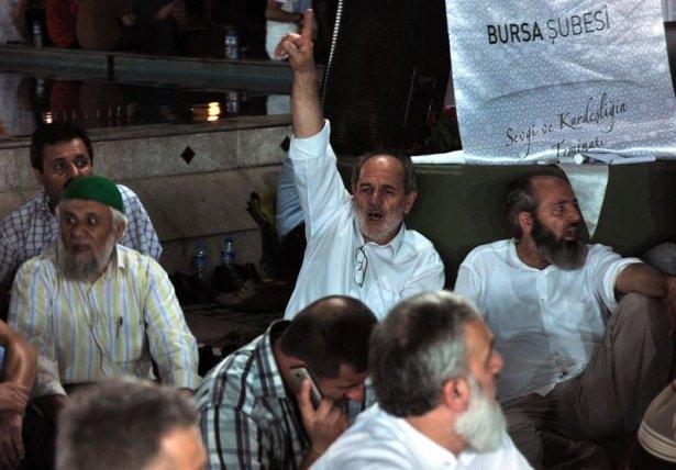 İstanbul'da binlerce kişi İsrail'i lanetledi 20