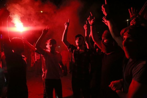 İstanbul'da binlerce kişi İsrail'i lanetledi 23