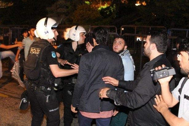 İstanbul'da binlerce kişi İsrail'i lanetledi 29