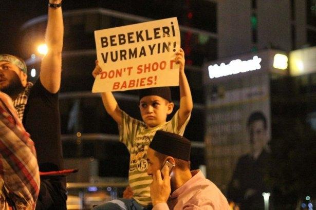 İstanbul'da binlerce kişi İsrail'i lanetledi 41