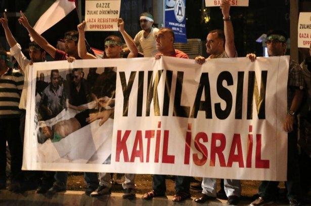 İstanbul'da binlerce kişi İsrail'i lanetledi 6
