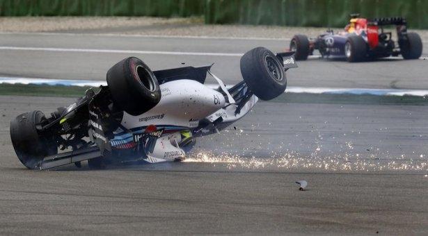 Formula 1'de feci kaza! 1